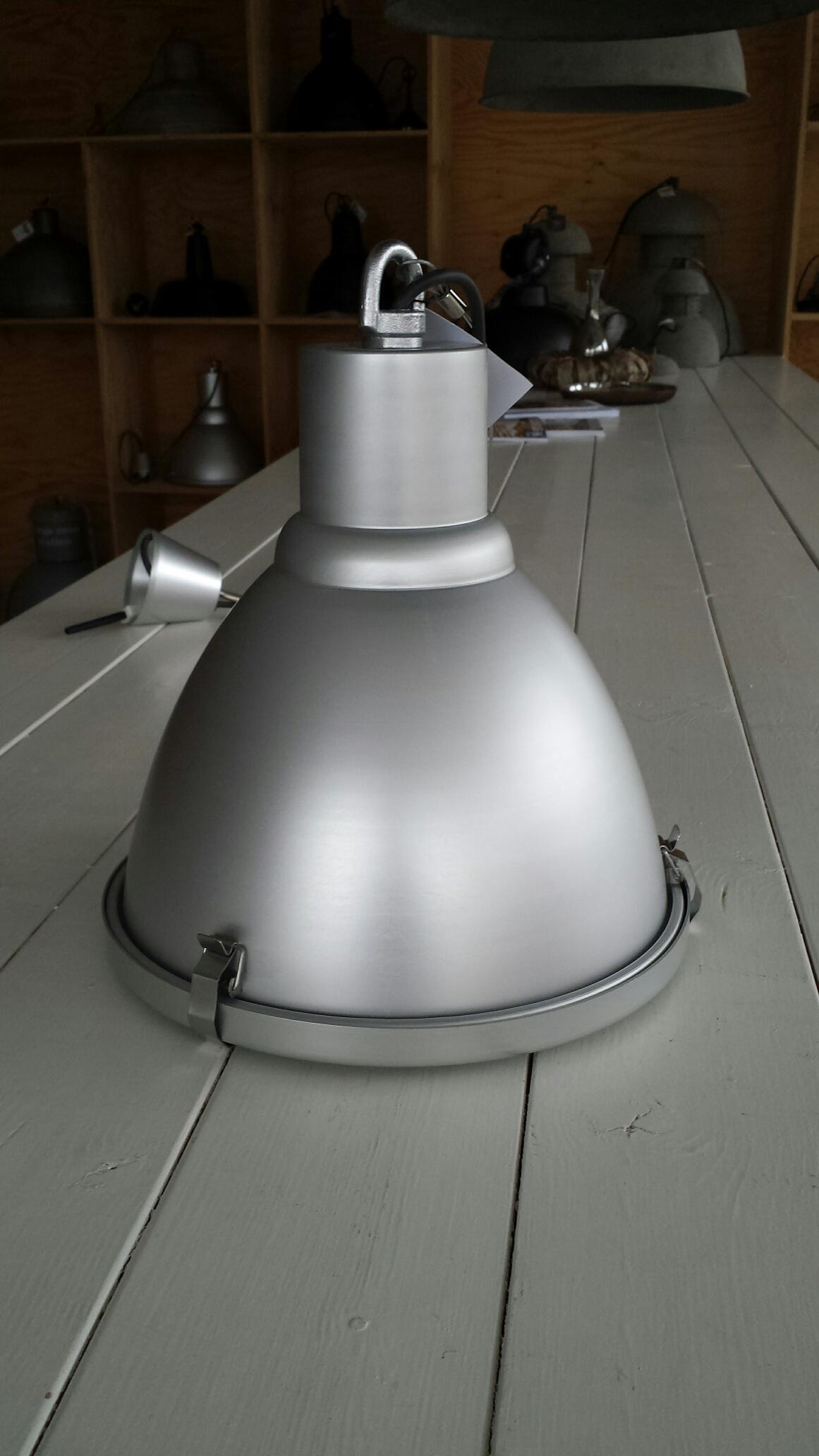 Stoere Hanglamp Keuken : > Producten > Bestsellerlampen > Aluminium Hanglamp Keuken AL-1012